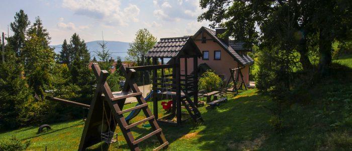 Plac zabaw dla dzieci Domki Apartamenty Simonka